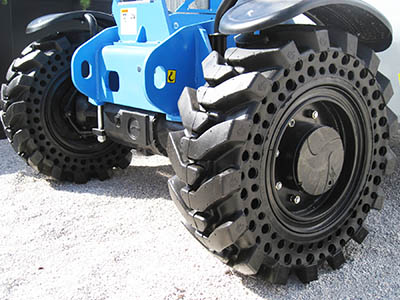 Telehandler Tires – What's my best option?